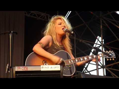 """Carly Connor LIVE """"Stay With Me"""" Milan July 21, 2010"""