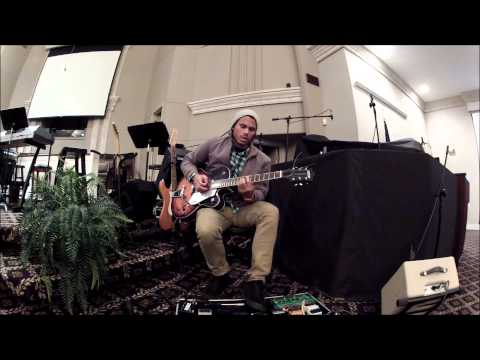 Andrews Electric Rig for Playing Worship