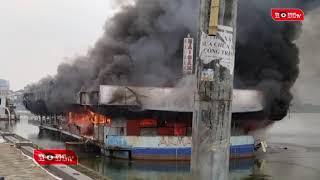 Thuyền nổi trên Hồ Tây bốc cháy