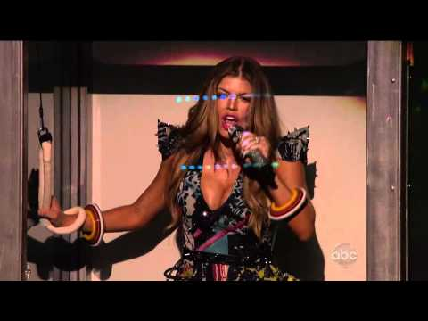 Black Eyed Peas - The Time (Dirty Bit) (Live on American Music Awards 2010)