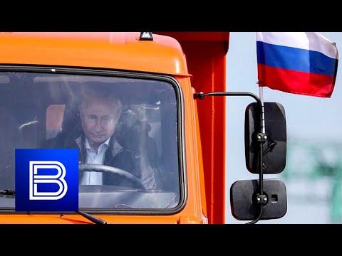 Putin Visits KAMAZ