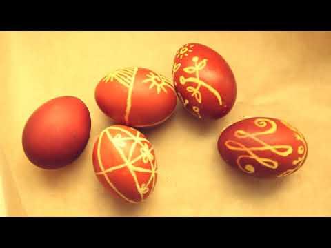 Яйца, воск, луковая шелуха
