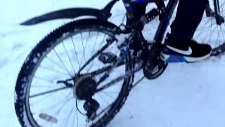 Видео с велосипедами.  Прыжки на велосипеде на два колеса одновременно!(Пишут