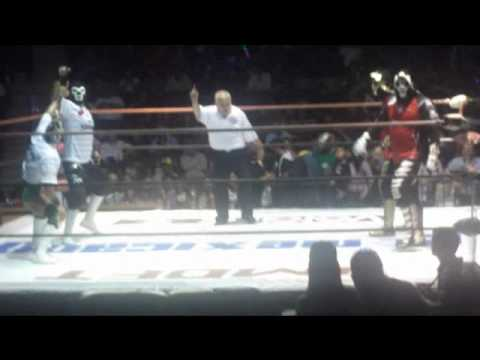 Duelo de familias Los wagner's vs Las Parks Tijuana BC 2011 by DiiBeR