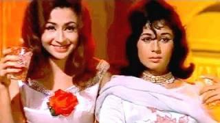 Pee Ke Hum Tum Jo Chale - Helen, Nanda | Asha Bhosle, Usha Mangeshkar | Gumnaam | Bollywood Song