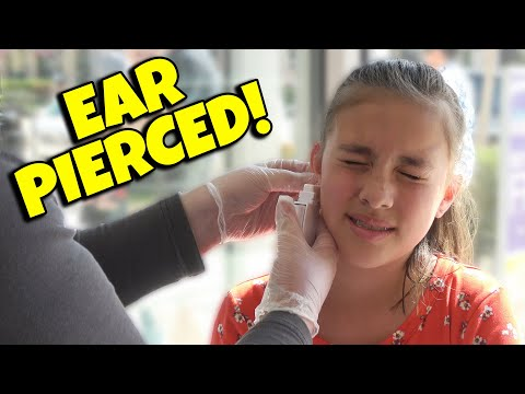 GETTING MY EARS PIERCED  Does It Hurt? Evan Plays VR