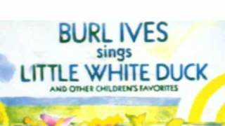 Watch Burl Ives Two Little Owls video