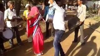 Rewa couple 's amazing dance   super dance by bagheli couple