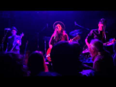 "Brandi Carlile Troubador March 4 2015 ""stranger At The Door"""