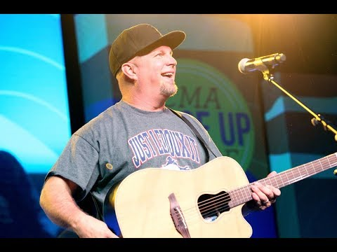 Shotgun Taylor - What's Garth Brooks' Favorite 90's Country Song? You'll Be Surprised