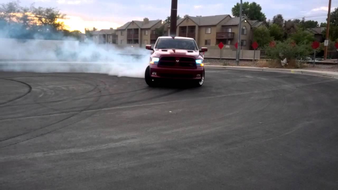 Car Chase Wallpaper Ram Rt Burnout Youtube