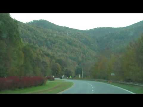 Country Drive on Hemphill in Jonathan Creek, Waynesville NC 10/20/09.