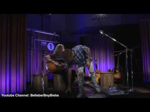 Justin Bieber  Let Me Love You Acústico  BBC Rádio