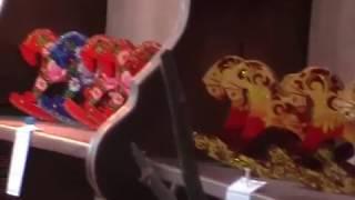 видео История елочных игрушек. Как их делают? Фабрика-выставка + мастер-класс