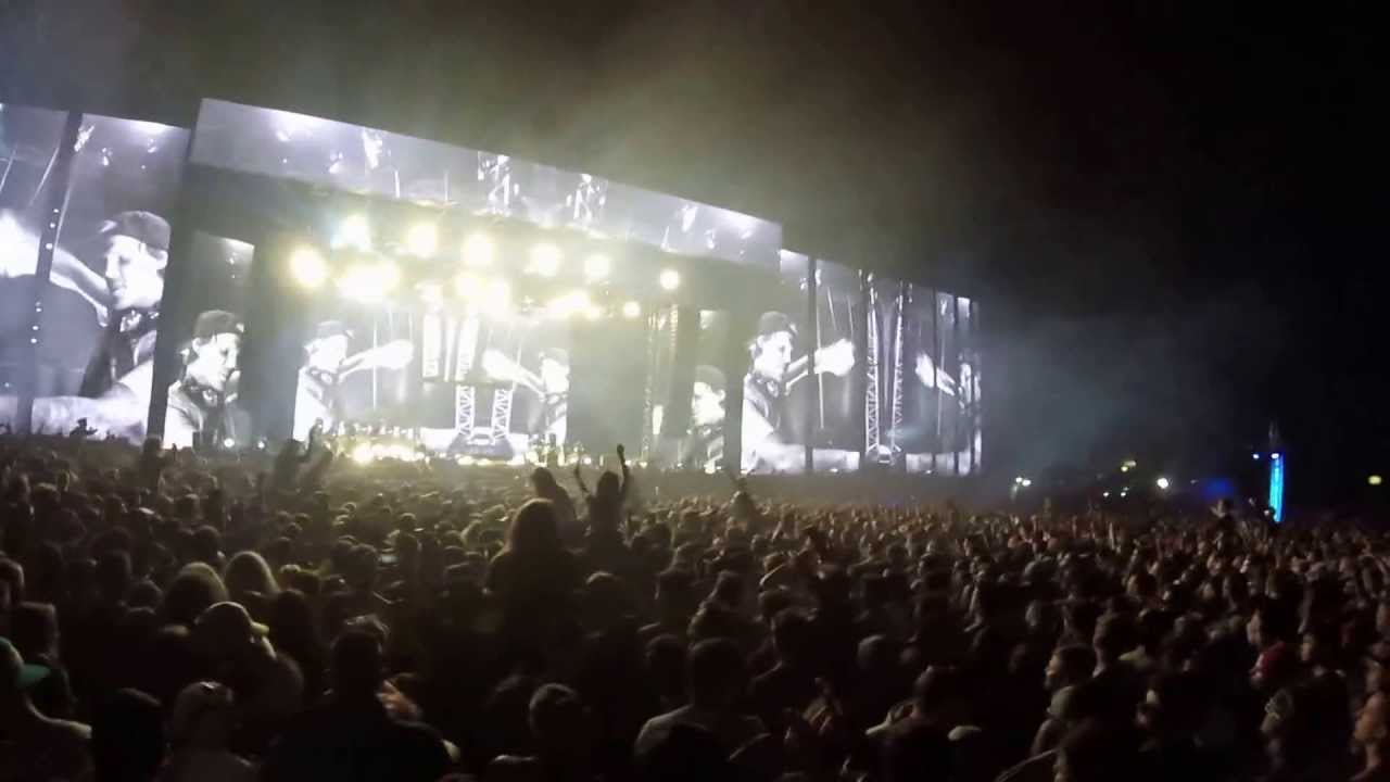 avicii true beleiver for a better day live at creamfields 2015