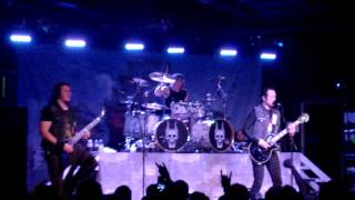 Trivium - Dead and Gone - Live