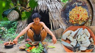 Primitive Technology: Cooking Weaver Ant Egg With​ Cow Intestine, Factory Food