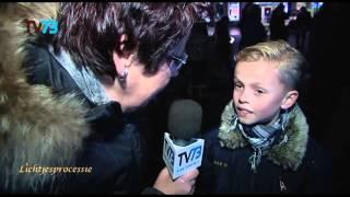 10-jarige jongen loopt mee voor opa en oma - Bossche Lichtjesprocessie
