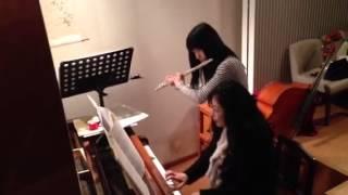 年末恒例の楽しくわいわいやる音楽会 おばちゃんと一緒に色んな曲を演奏...