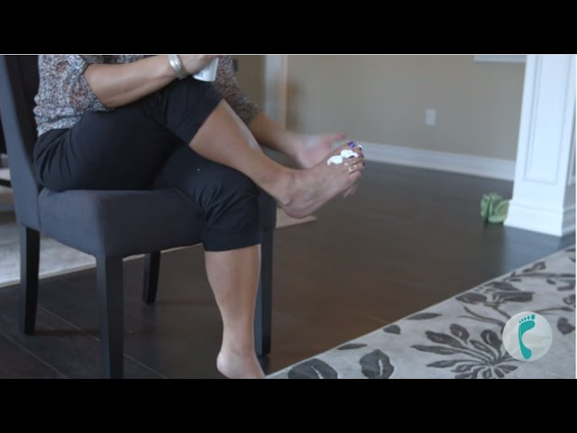 Restore Your Dry, Cracked Heels with Footlogix Medical Moisturizing Mousse