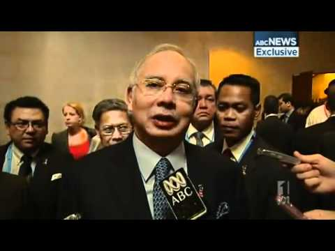 Malaysian PM attacks Abbott over swap deal
