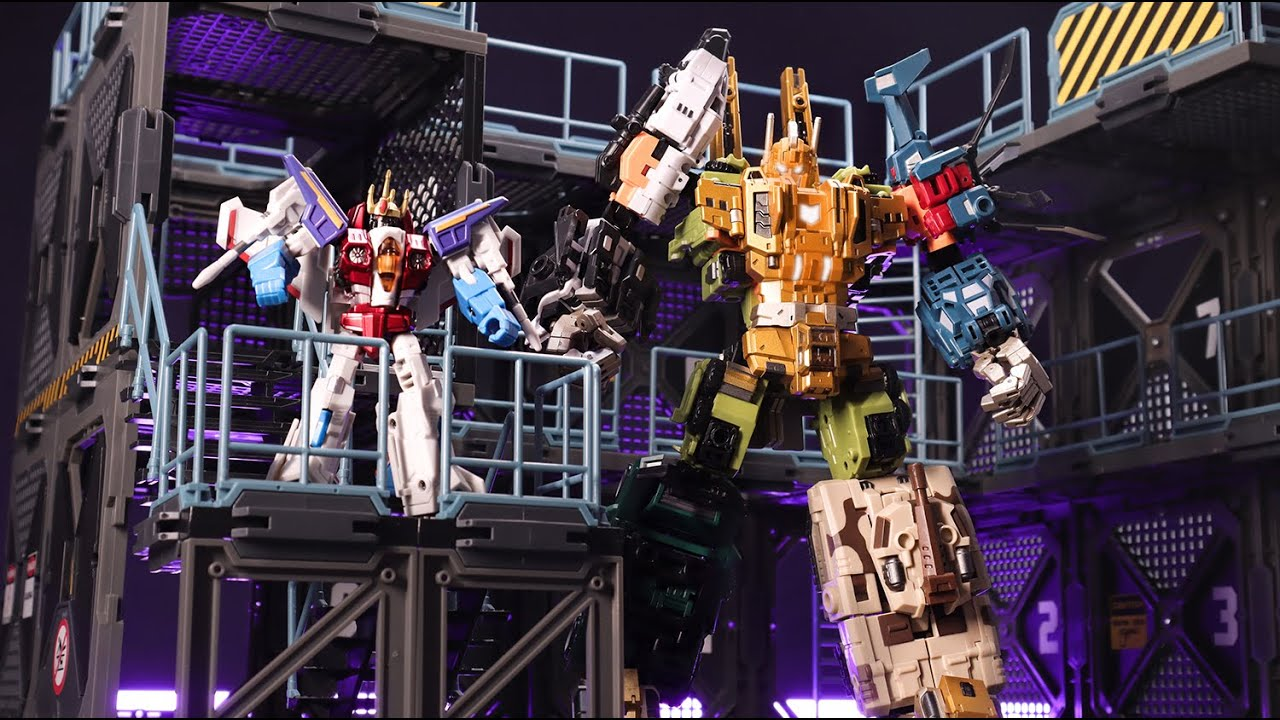 Thats a bad comedy!Starscream/Bruticus VS Galvatron Transformers stop motion by Mangmotion