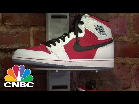 Nike Chairman Phil Knight Steps Down: Bottom Line | CNBC