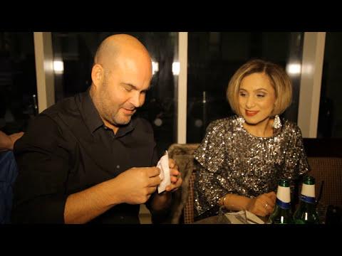 "Jono Blythe, Close-Up Magician ""Magic with a Borrowed Ring"""