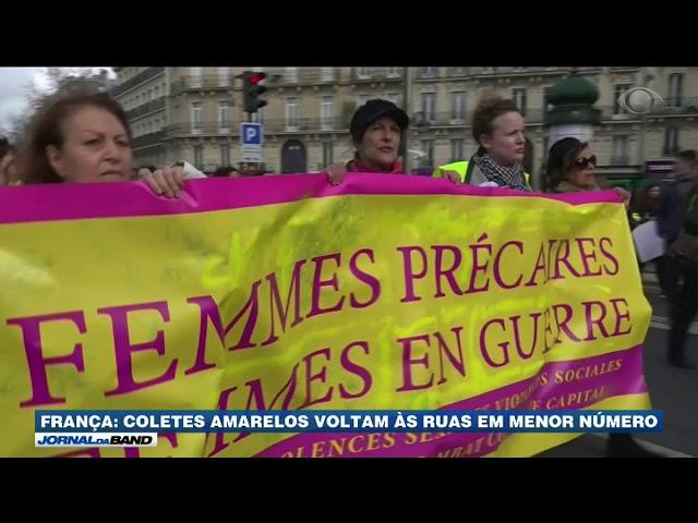 França: 'Coletes amarelos' voltam às ruas em menor número