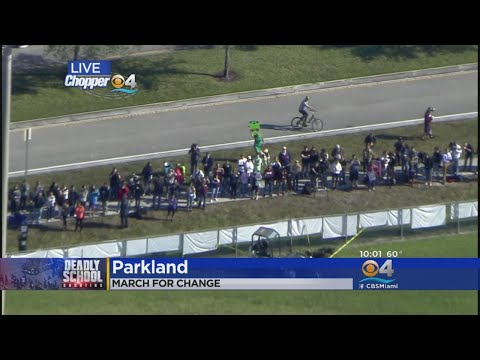 MSD Students Walk Out Of Their Classrooms 1 Month After Parkland Shooting