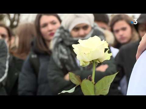 Agen : émotion Lors De La Marche Blanche Pour Sami, Le Jeune De 16 Ans Décédé Lors D'une Fusillade