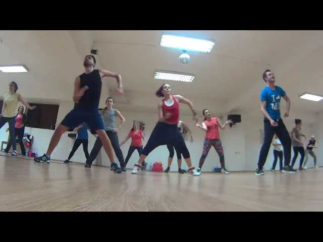 ZUMBA -''VIVIR MI VIDA'' with Kate Kazumba Travel Video