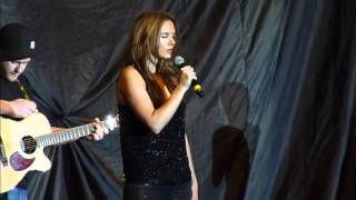 Wonderland - Rolling In The Deep (supporting Westlife) Manchester MEN 22/3/11