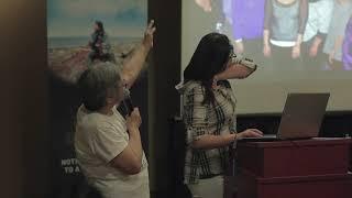 Akinisie Qumaluk et Elisapi Tukalak présentent le programme de sage-femme inuit