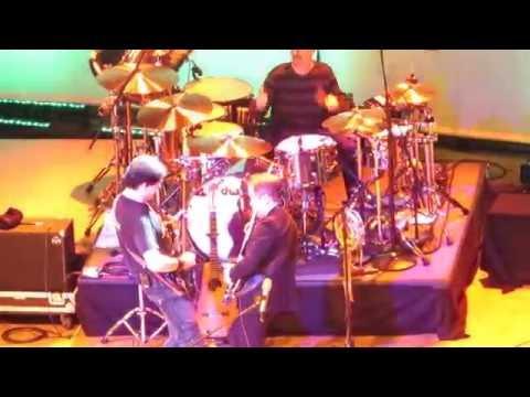 ARW Anderson Rabin Wakeman - Lift Me Up LIVE - Nov 22, 2016 - LA Orpheum