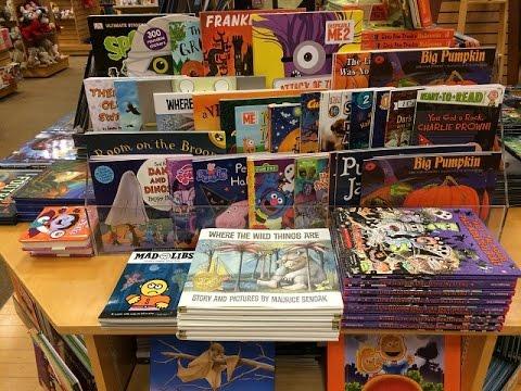 Halloween at Barnes & Noble 2016, in Redlands, CA! (Children's Books)