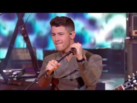 Jonas Brothers - Sucker (2019 NMA Performance)