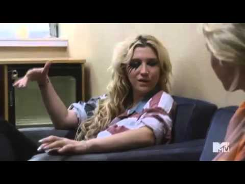 Kesha simple life  3