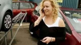 Открыть машину с помощью телефона(Доктор Марти Джопсон пытается узнать, возможно ли открыть дверь автомобиля с помощью мобильного телефона...., 2010-10-30T17:23:57.000Z)