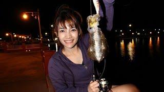 Squid fishing ตกปลาหมึก แบบชิวๆที่สะพานอ่าวประจวบ by fishingEZ