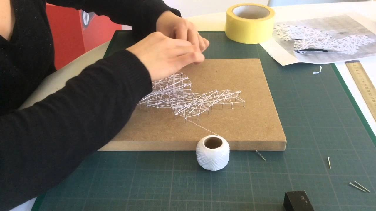 string art tape 2 passer la ficelle entre les clous - String Color La Ficelle