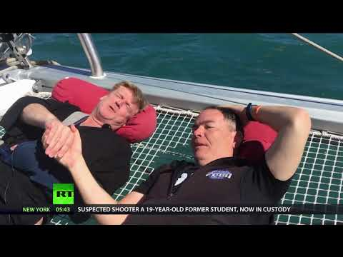 Keiser Report: Do No Harm (E1189)