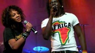 Tiken Jah Fakoly - Plus rien ne m'étonne / Concert Action Contre la Faim