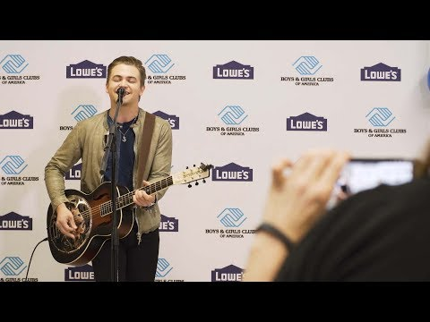Country music star Hunter Hayes and Lowe