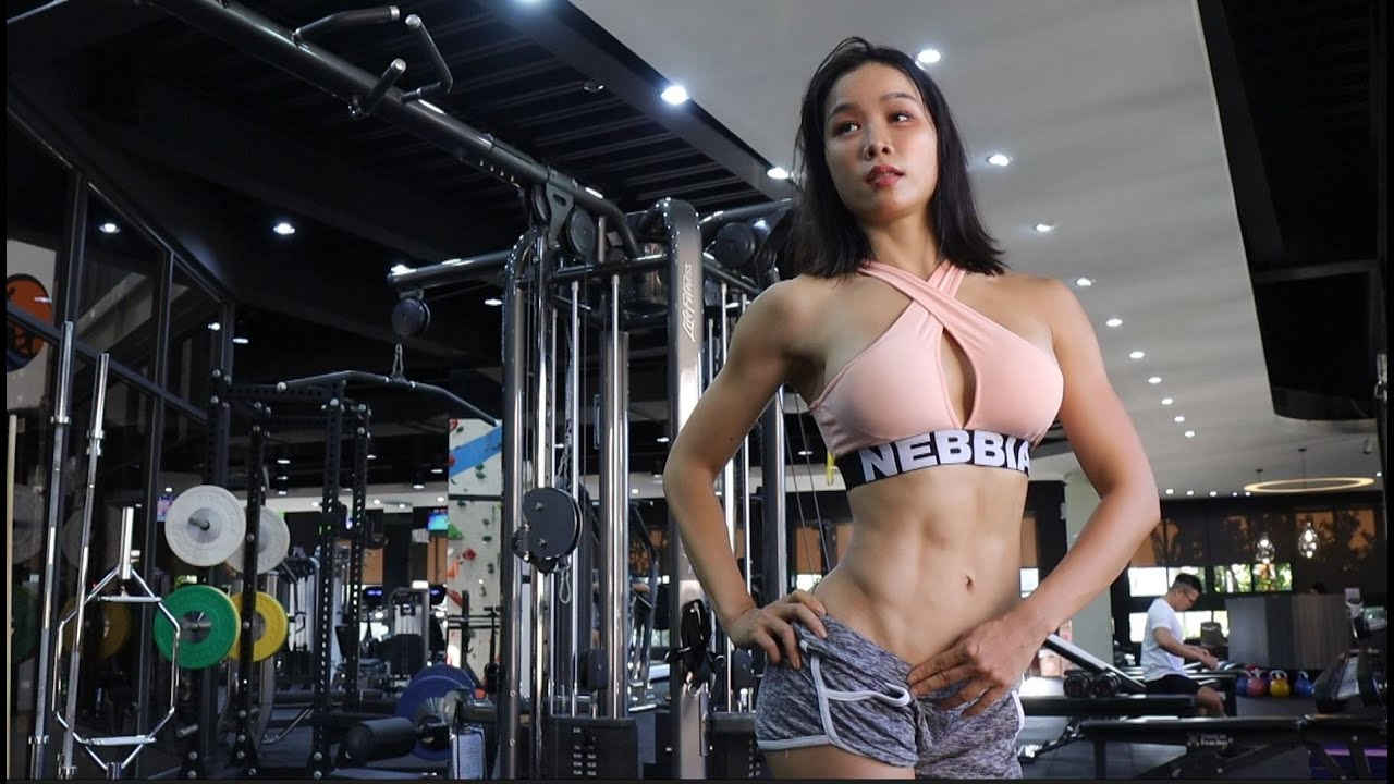 Three weeks before the bodybuilding competition