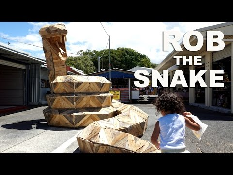 How to make a Giant snake from pallets - by Thomas Dambo