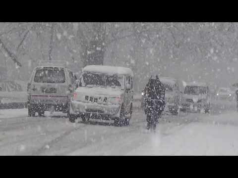 Heavy Snowfall In Srinagar Kashmir