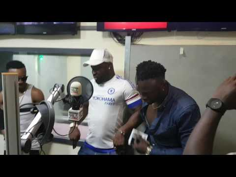 HUMBLESMITH AND HARRYSONG DOING 'CHANGE