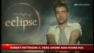 Download lagu News Italy  - Eclipse Cast Interviews - 24/06/10