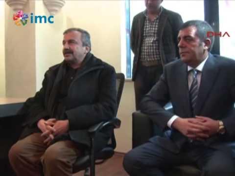 """Sırrı Süreyya Önder'den CHP'ye """"geçmiş Olsun"""" Ziyareti"""